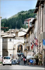 Porta ad  Assisi