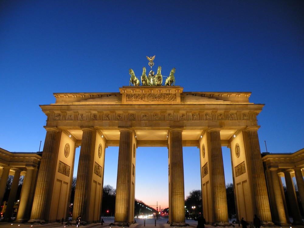 Porta di brandeburgo berlino 2009 foto immagini - Berlino porta di magdeburgo ...