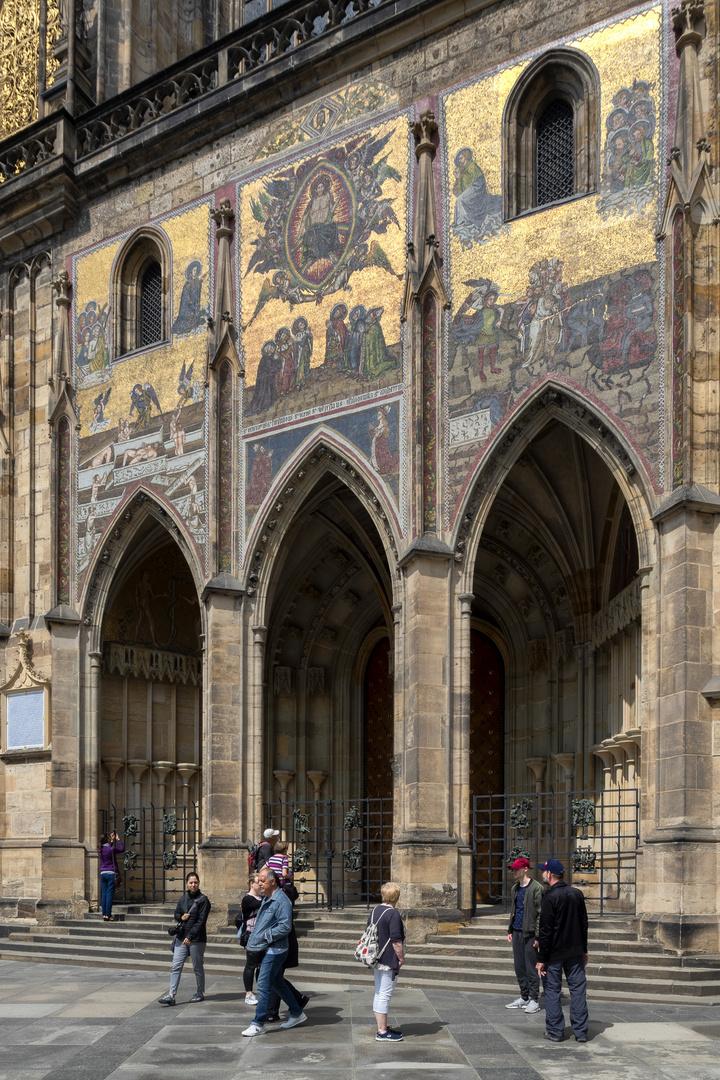Porta d'oro, Basilica di San Vito, Praga