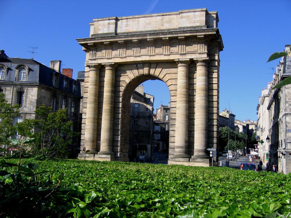 Porte de Bourgogne à Bordeaux