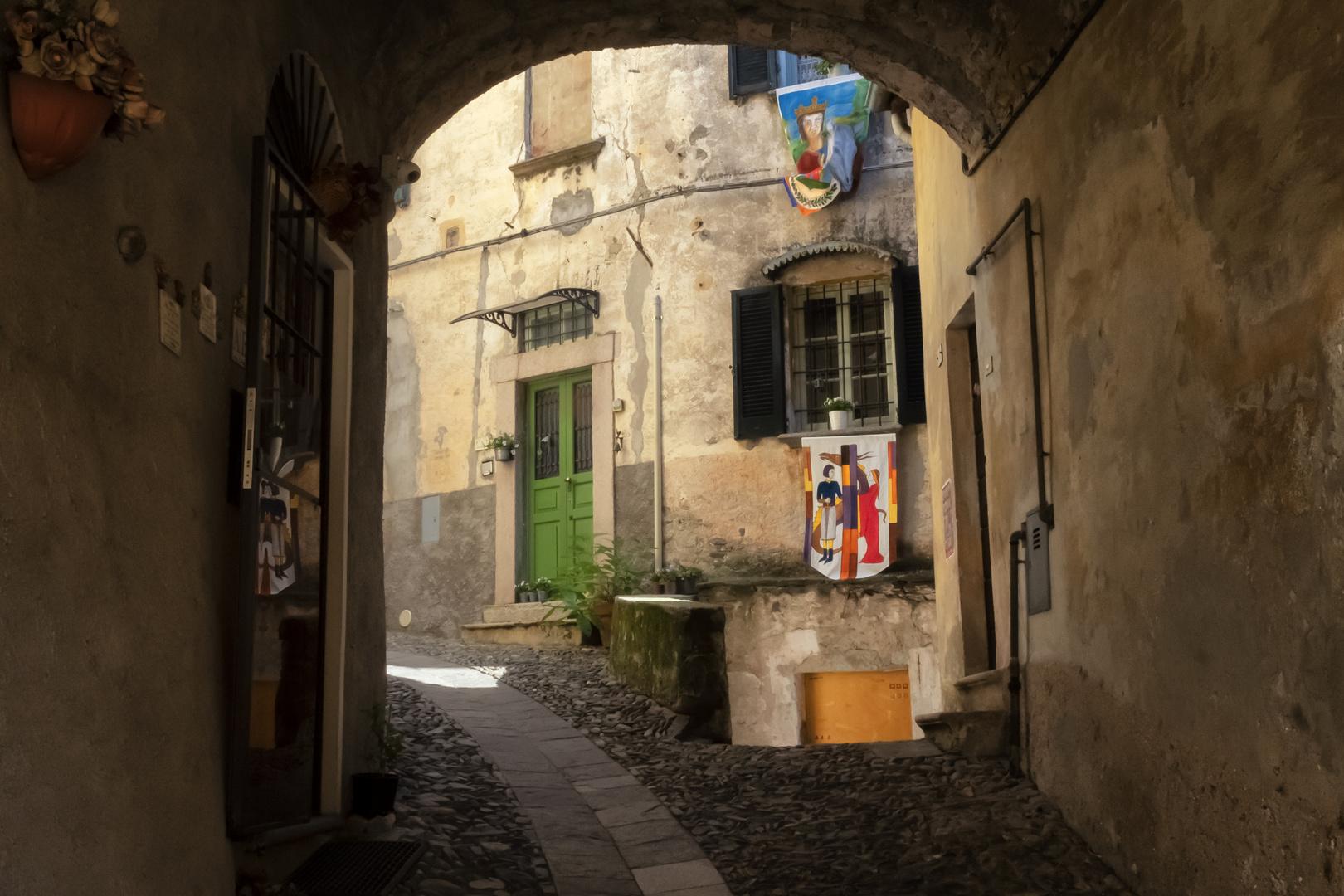 Portico del borgo
