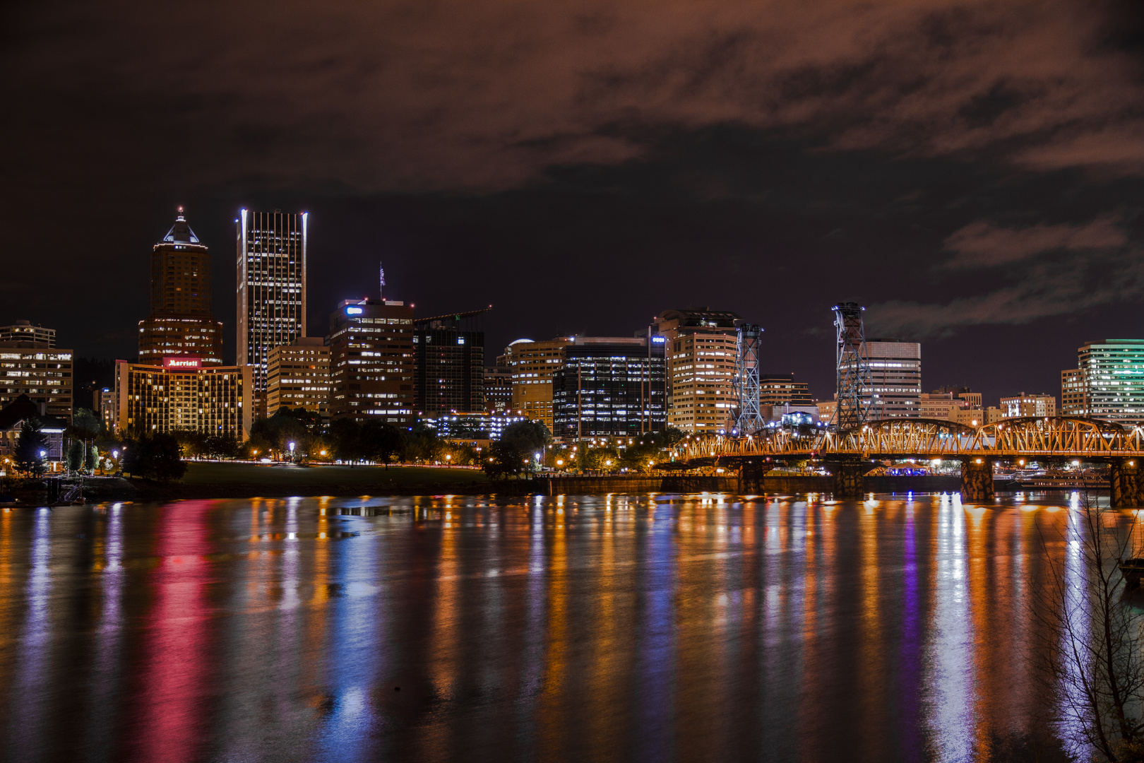 Portland - Columbia River Skyline