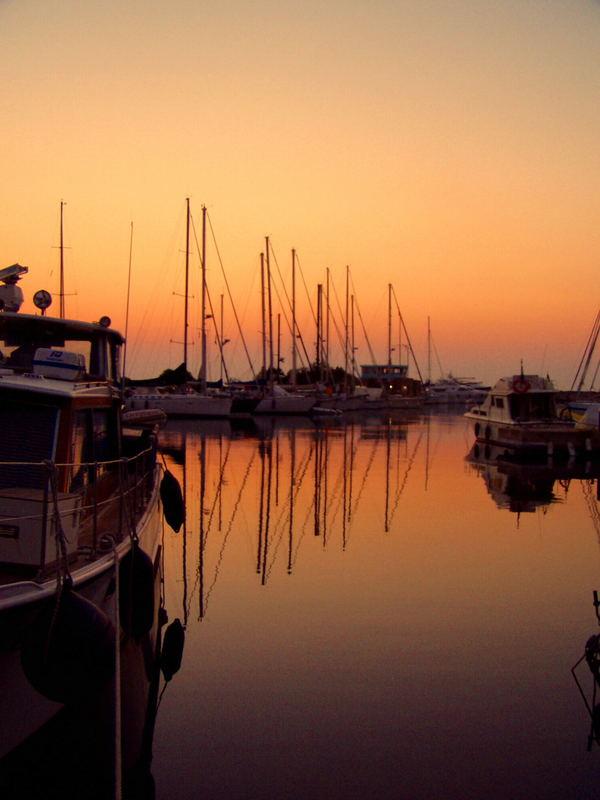 Porto ottiolu al tramonto (sardegna)