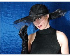 Porträt mit Hut 1