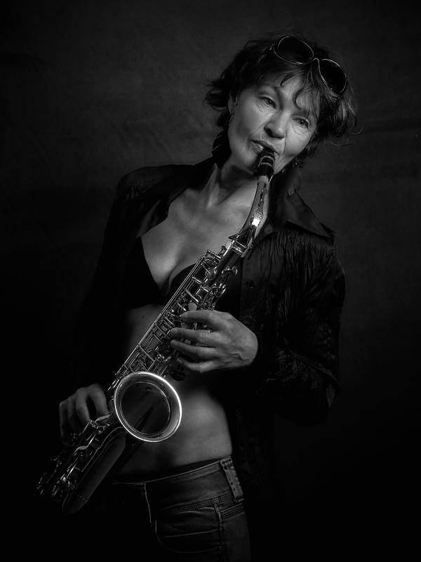 Portrait einer Musikerin 01