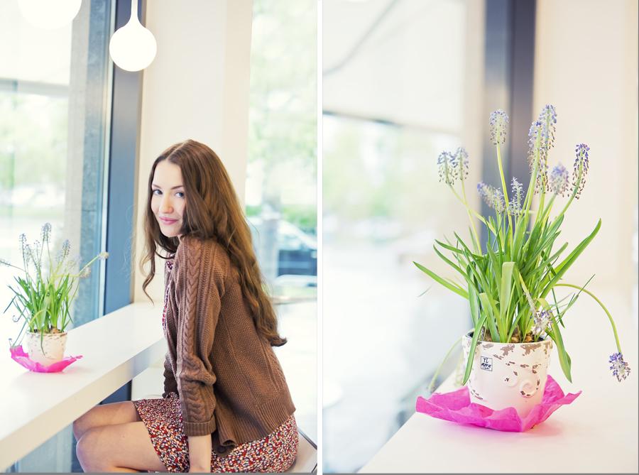 Portrait mit Blumentopf