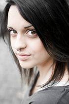 Portrait mit Piercing