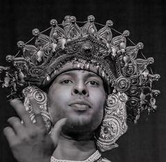 Portrait of traditional dancer Sri Lanka 3