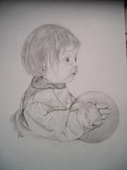 Porzelan-Puppe mit Ball