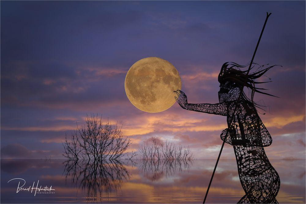 Poseidon und der Mond ..... an der Maas