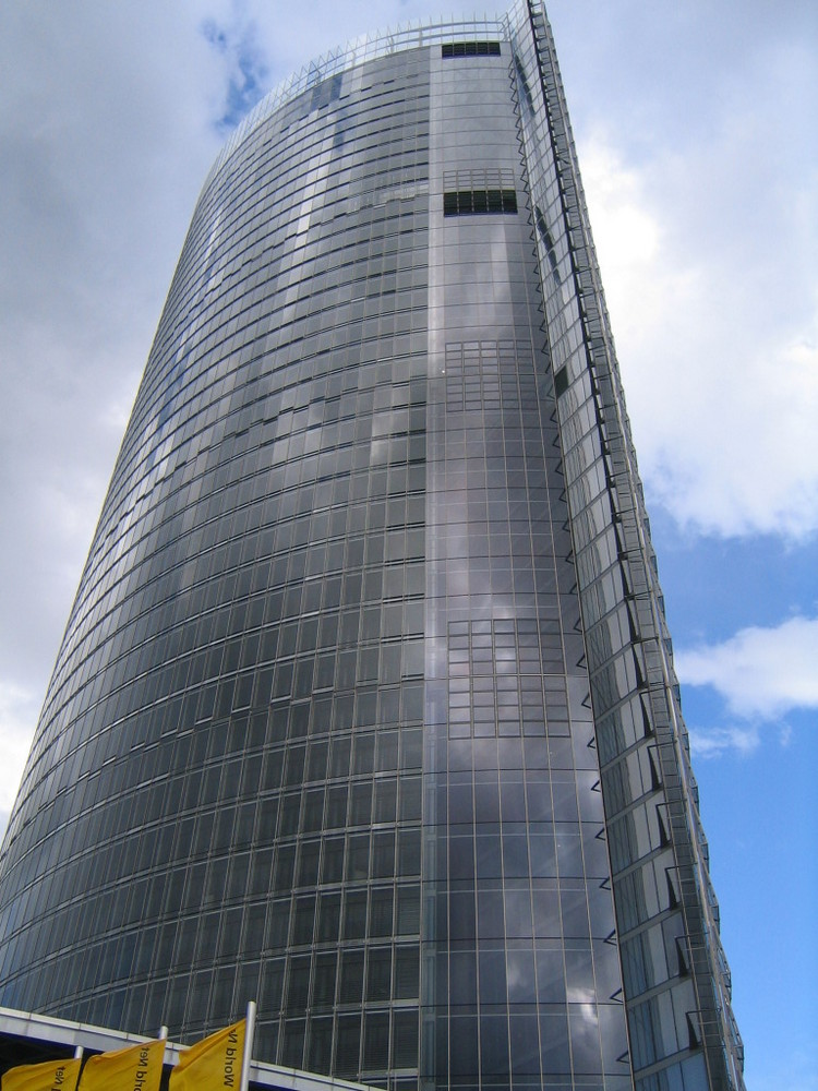 Post-Tower 1