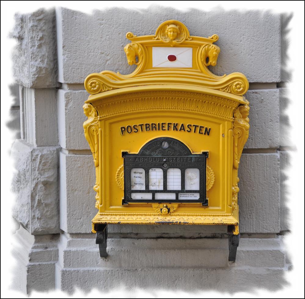 Postbriefkasten
