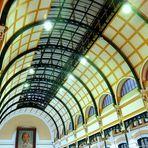 Poste Centrale de Ho Chi Minh Ville ( Saigon )