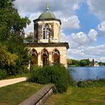 Potsdam   - Gotische Bibliothek am Heiligen See -