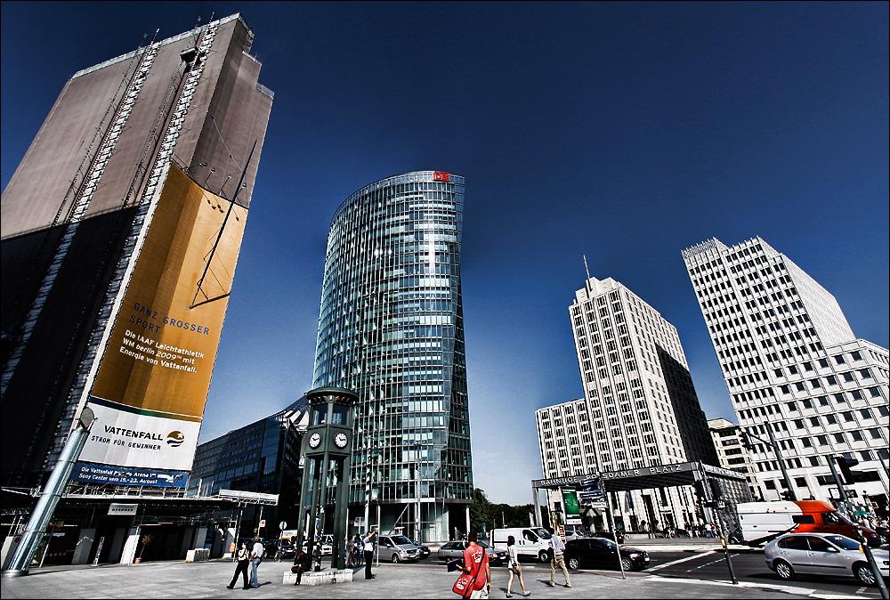 Potsdamer Platz - Bahn Tower