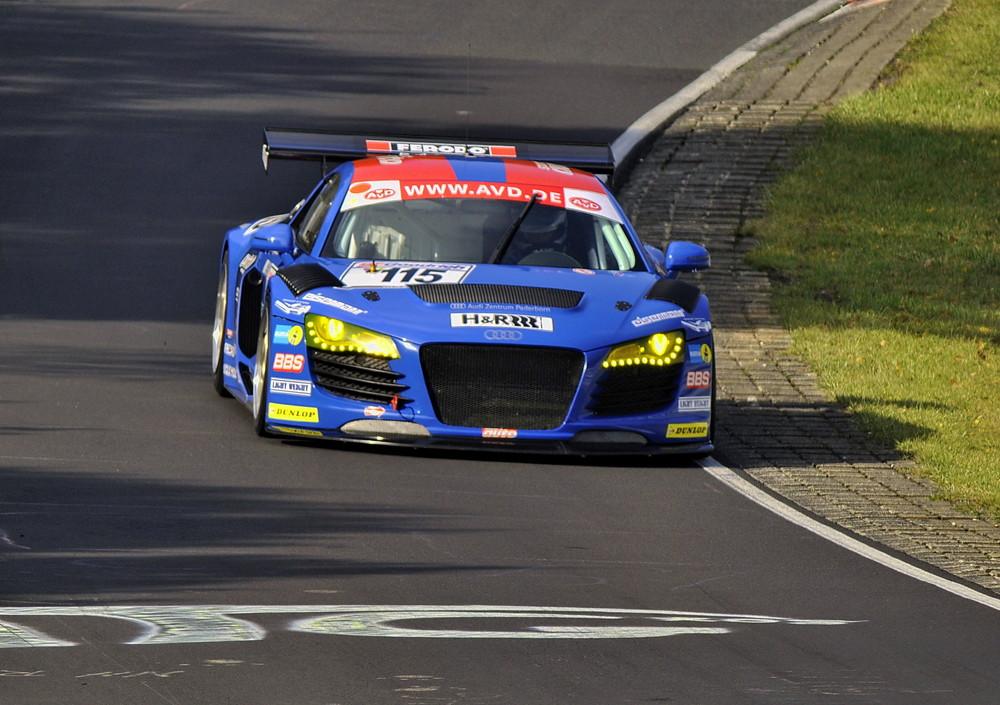 Power Audi R8...