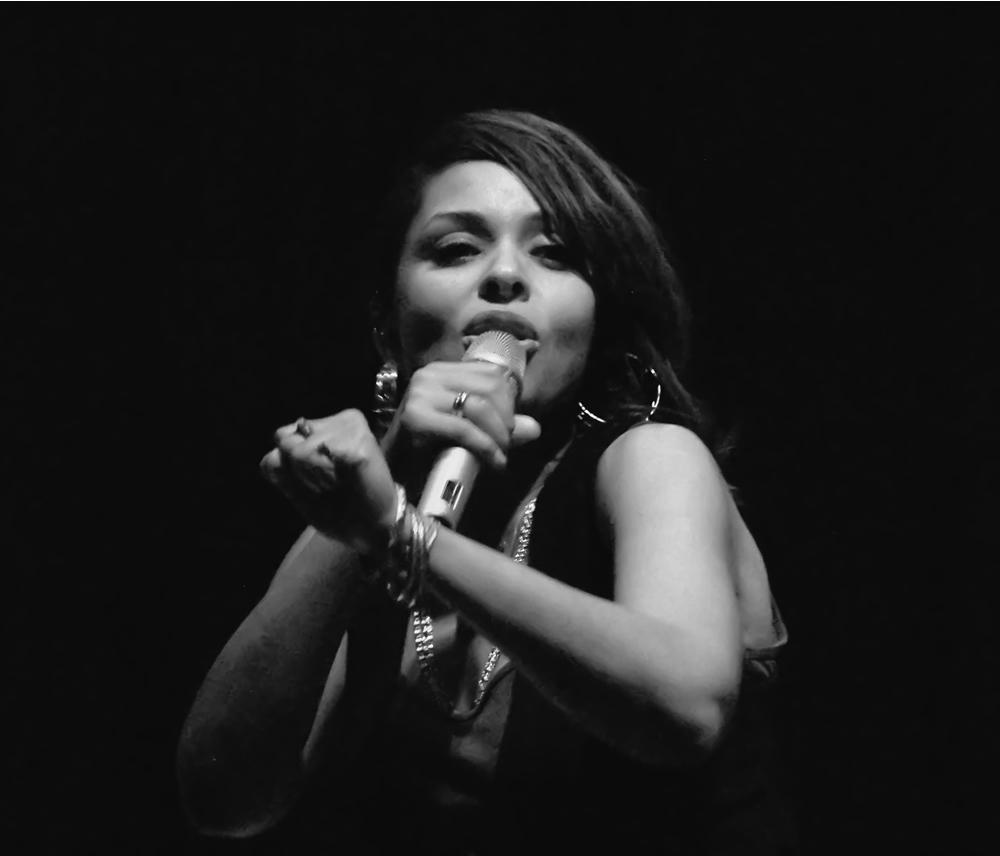 Power & Soul -sw- Joy Denalane