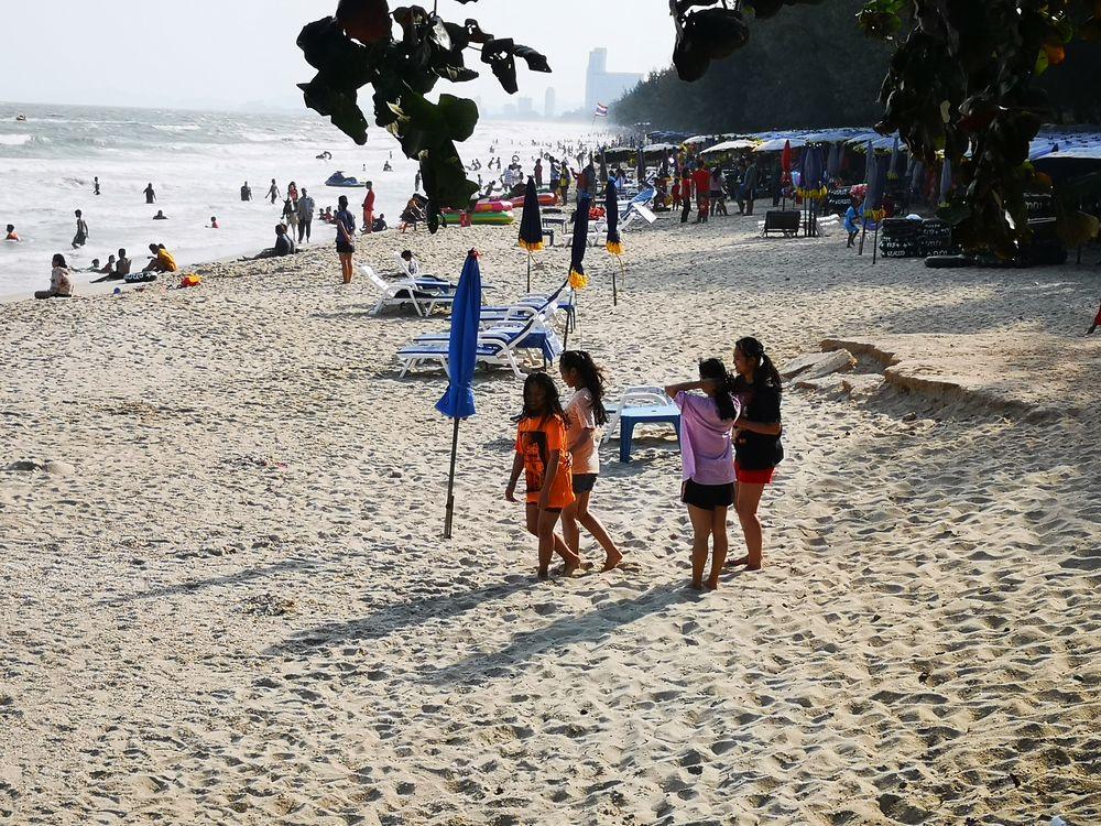 PP Beach Thailand P20-20-col