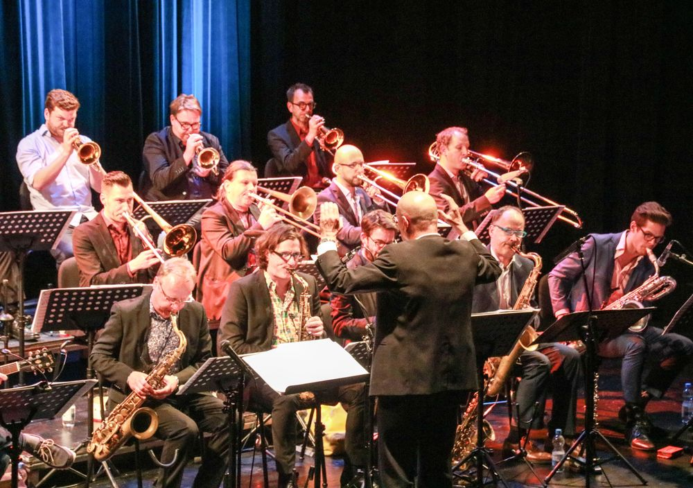 PP Ca Jazz@Large Ca-19-col Aktuell