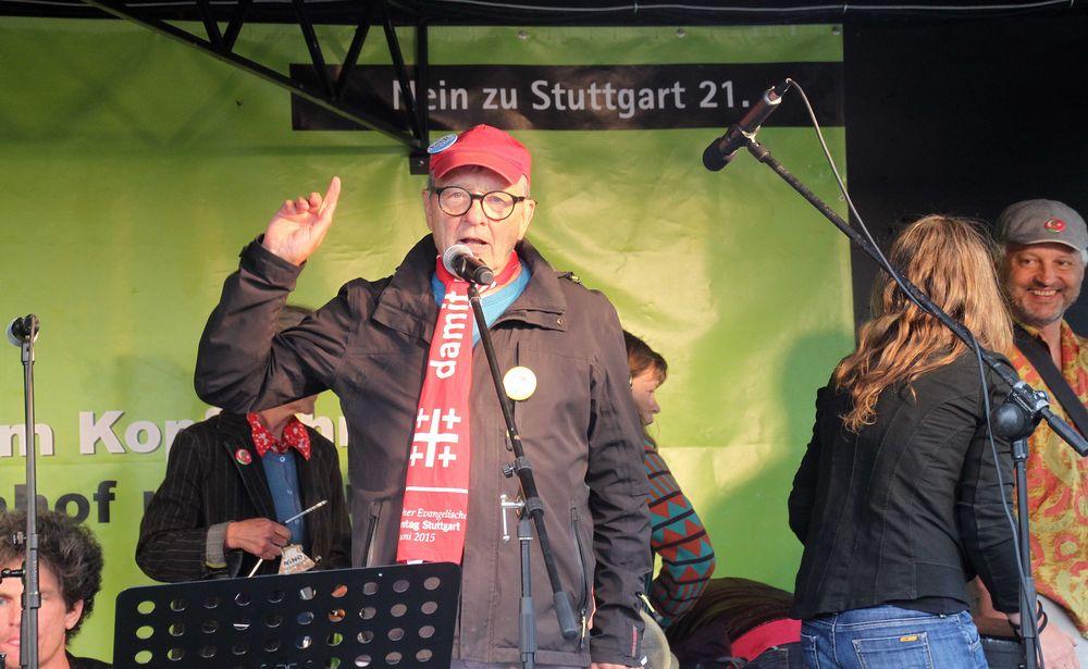 PP K21 MoDemo Peter Grohmann 8.6.15 Stuttgart