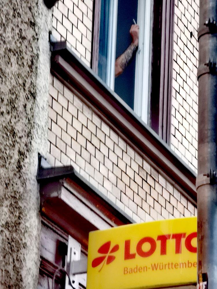 PP street Arm Zigarette Lotto_2020-0718
