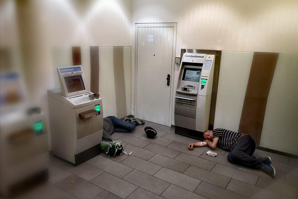 PP ZWEI schlafen Geld P20-20-col