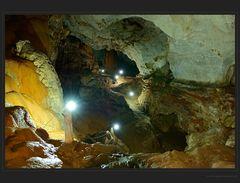 Prächtige Tropfsteinhöhle: die Saddan Cave