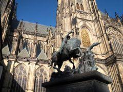 PRAG Burg StGeorg J5col +5Fotos