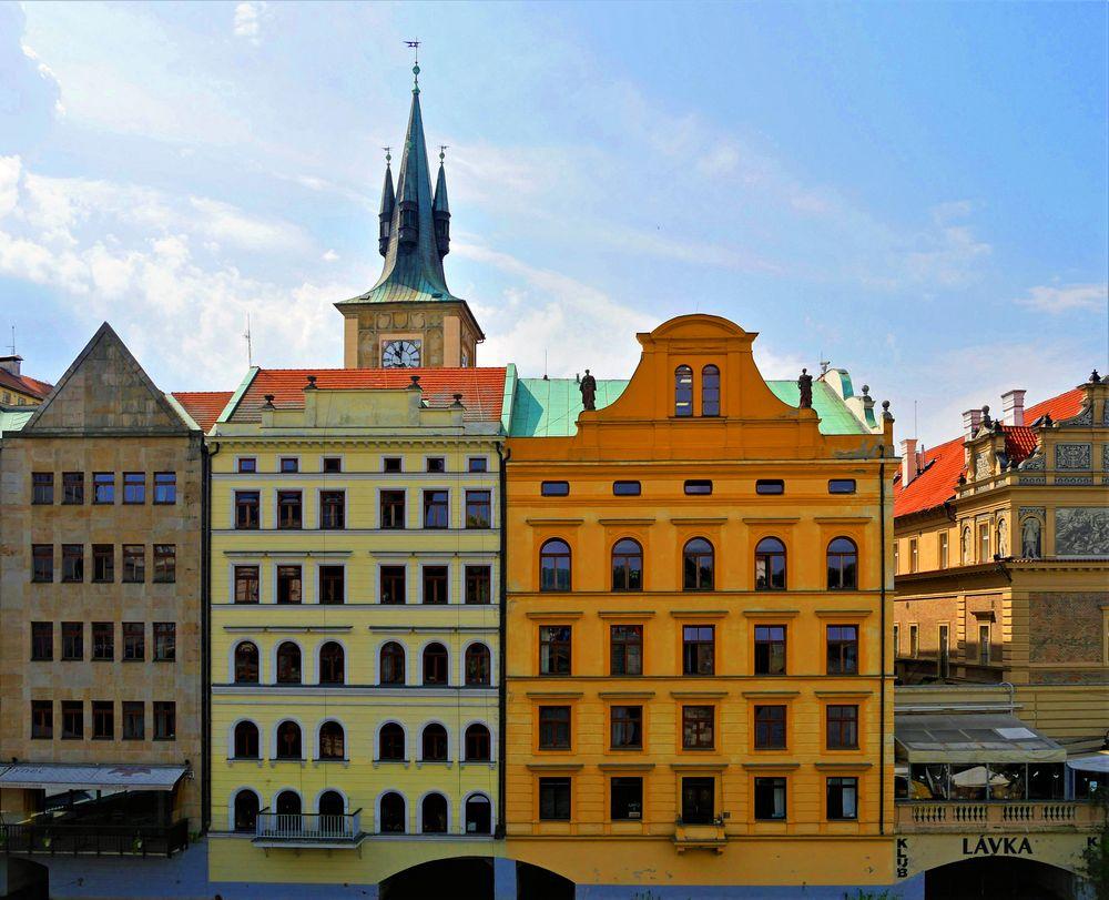 Prag - die Stadt der bunten Häuser