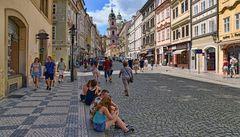 PRAG  - Pause bei einem Glas Bier -