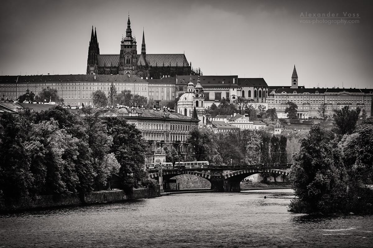 Prag - Skyline / Veitsdom