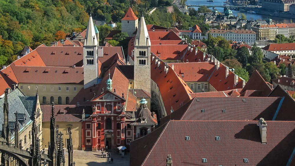 PRAGER BURG - Basilika Sankt Georg