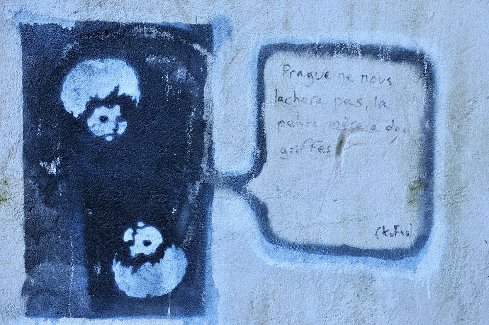 Prague , grafiti sur les hauteurs de la ville