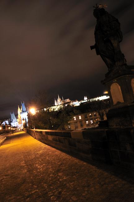 Prague la nuit 9