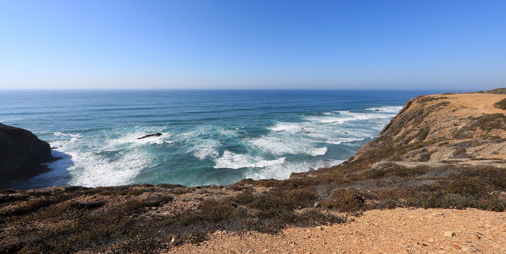 Praia da Esteveira