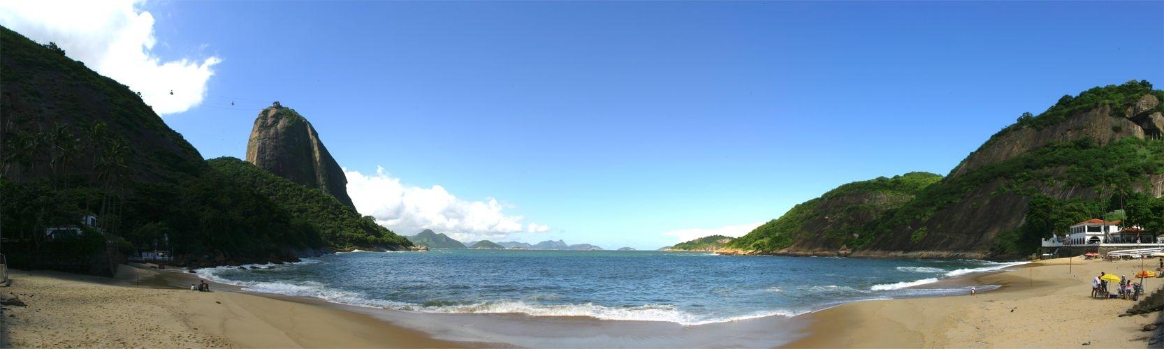 Praia Vermelha with Sugarloaf Mountain (Rio de Janeiro)