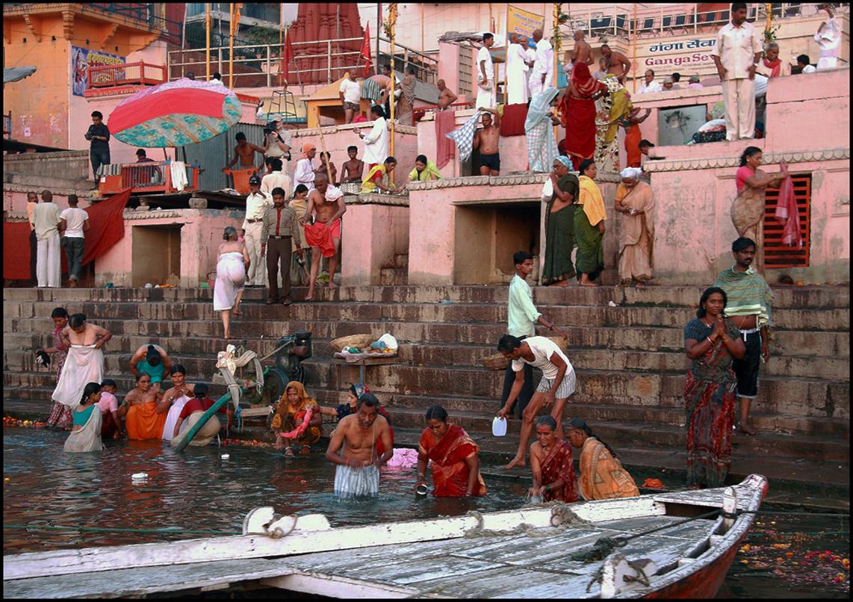preghiera nel Gange