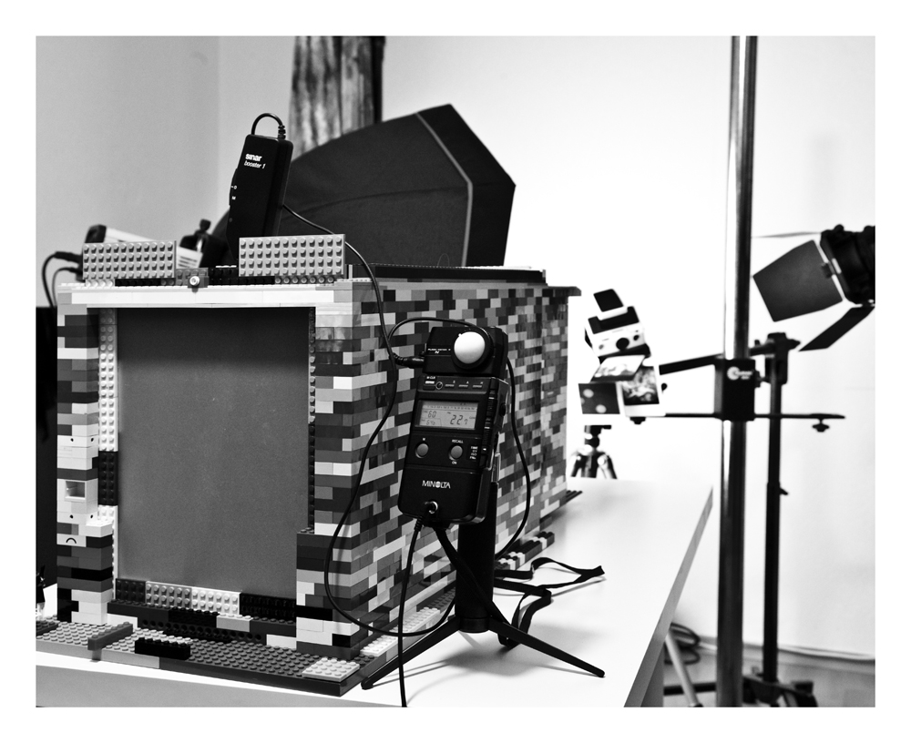 preparing the first shot...the queen of leg-largeformat-cameras goes alive...
