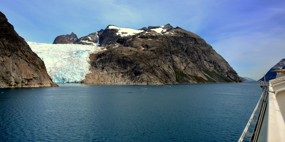 Prinz Christian Sund Passage Greenland ( Aida Cruises Aida Bella)