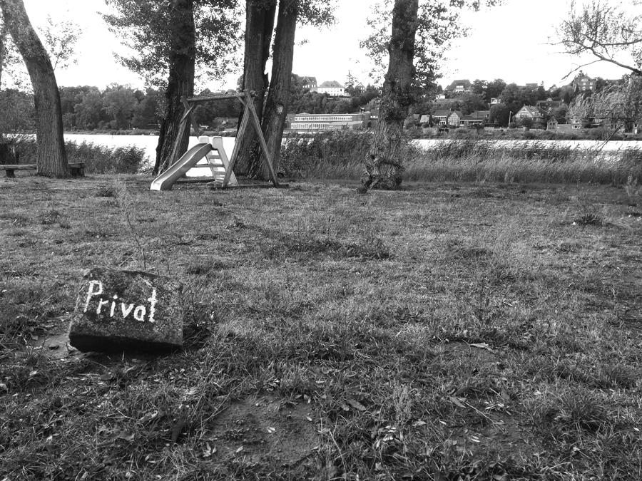 - privat -