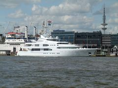 Privatyacht SAMAR in Hamburg.