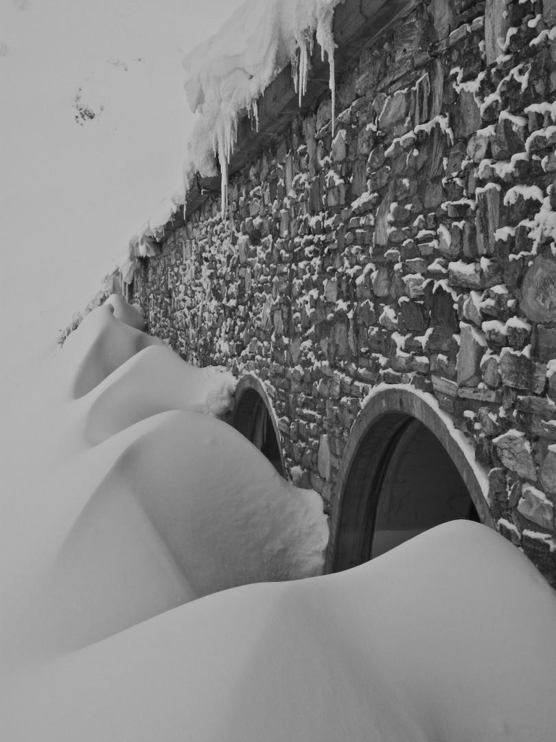 profusion de neige au st-bernard