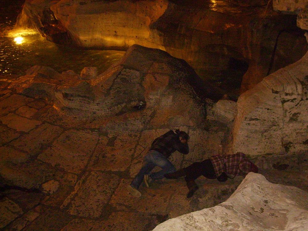 Progetto sdraiato - Fontana di Trevi