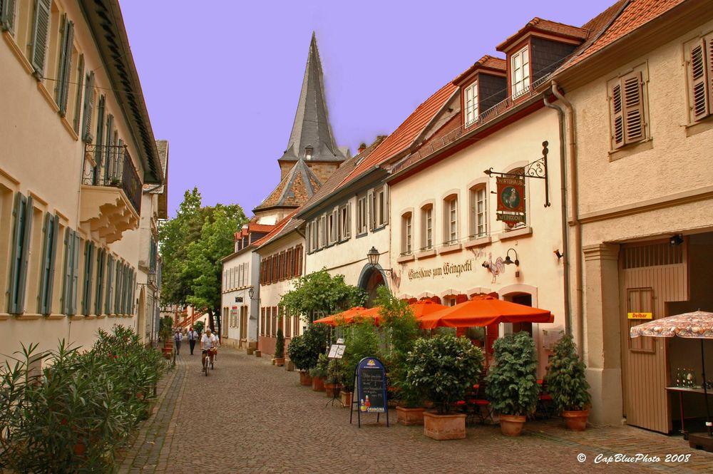 Protestanische Kirche Freinsheim und Gasthaus zum Weingockel