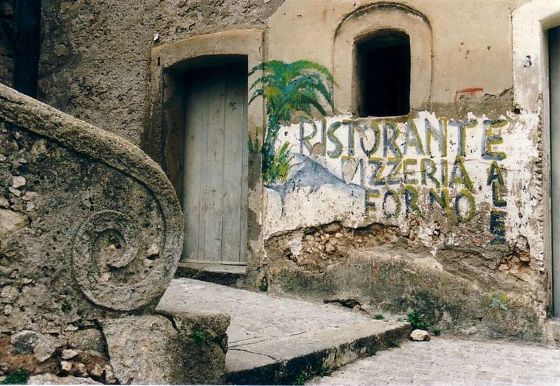 Public Relations in Tropea