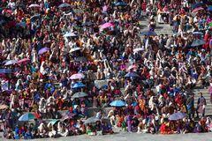 Publikum beim Thimphu Tshechu