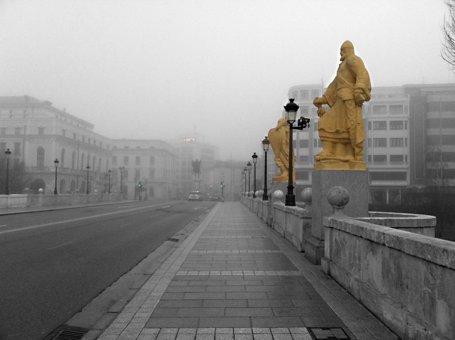 Puente con Niebla en Burgos
