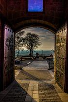 Puerta a Laguardia