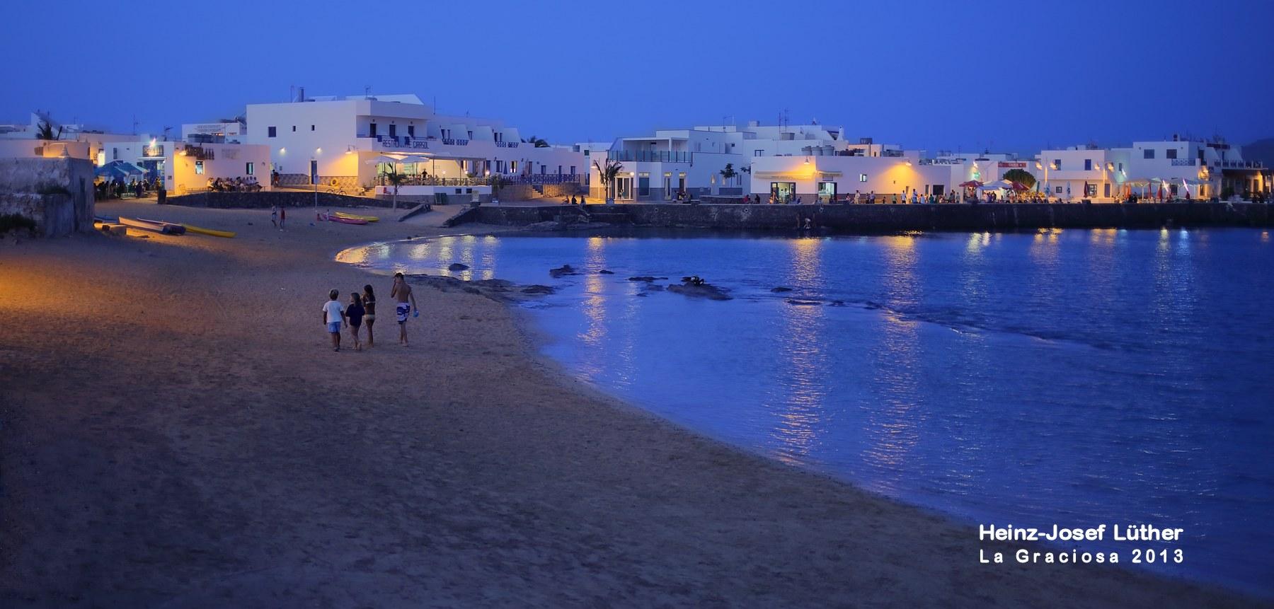 Puerto de Caleta del Sebo al anochecer