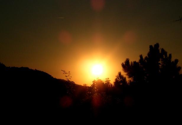 """Puesta de sol desde """"El Romo"""". Almonaster."""